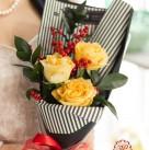 Букет с розами «Колибри»
