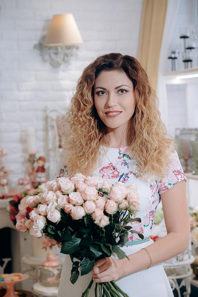 Лилия - флорист-декоратор